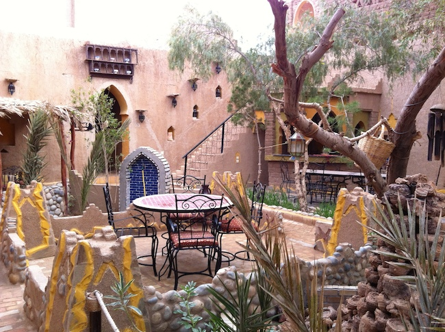 メルズーガ Kasbah Mohayut ガーデン