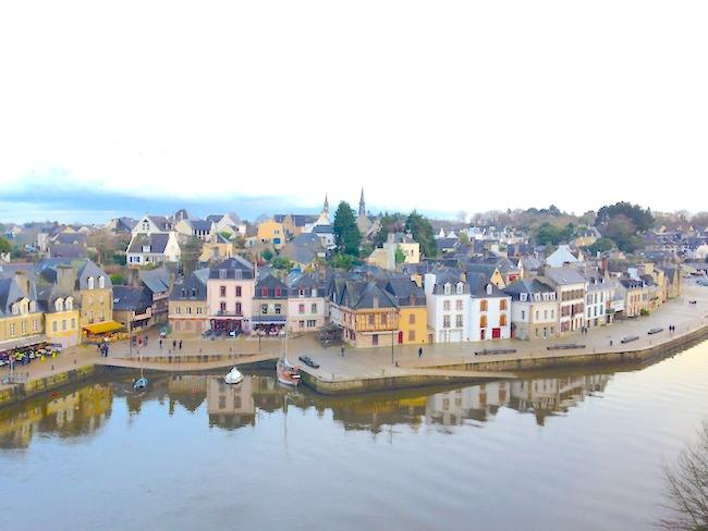 フランス ブルターニュ サングスタン