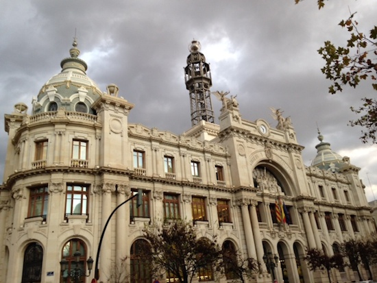 valencia-postoffice-ext-lights