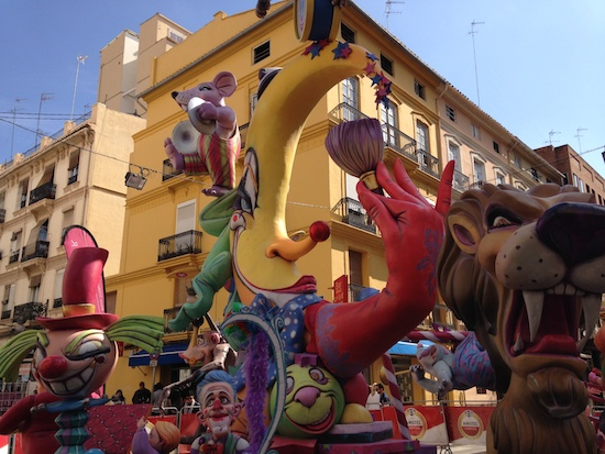 fallas-daytime-circus