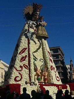 fallas-procession-maria-wiki