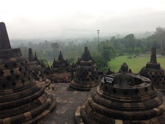 borobudur-buddha0