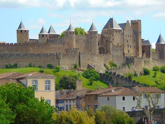 進撃の巨人モデルの城塞都市みてきた!世界遺産の城壁カルカッソンヌ