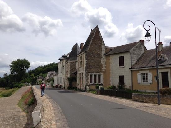 フランス世界遺産!ロワール河古城のめぐりは車で!レンタカーがおすすめ